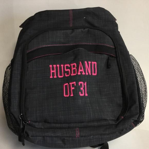 Thirty One 31 Sling Backpack Black Husband 31.